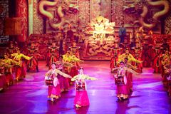 The Banquet Dance in the Song Palace. With exceptional traditional costumes of the emperor and empress, palace officials, and palace entertainers, all dancing Stock Photo