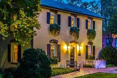 Banquet et maison et arrière-cour historiques classiques d'événement Photos stock