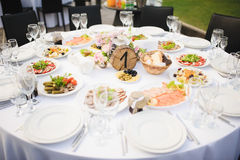 Banquet wedding table setting Royalty Free Stock Images