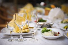 Banquete em um restaurante, partido do casamento em um restaurante imagem de stock royalty free
