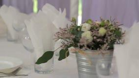 Banquete Wedding en un restaurante almacen de metraje de vídeo
