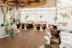 banqueting αίθουσα απομονωμένο ανασκόπηση εξυπηρετώντας επιτραπέζιο λευκό Στοκ φωτογραφίες με δικαίωμα ελεύθερης χρήσης