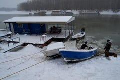 Banquises sur la rivière Borcea Photographie stock libre de droits