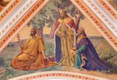 Banska Stiavnica - das Fresko der Theree-Weiseszene auf der Decke der Gemeindekirche von Jahr 1910 durch P J kern Lizenzfreies Stockfoto