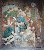 Banska Stiavnica - Detailsteinentlastung von der Beerdigung von Jesus als dem Teil von barockem Kalvarienberg von Jahren 1744 - 1 lizenzfreies stockbild