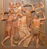 Banska Stivanica - rzeźbiąca ulga Flagellation jako część barokowy Kalwaryjski od rok 1744, 1751 - Fotografia Stock