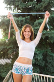 banta den lyckliga kvinnan Arkivfoto