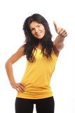 banta den sportiga kvinnan för den sunda livsstilståenden Banta den sunda livsstilen Isolerat på Royaltyfri Bild
