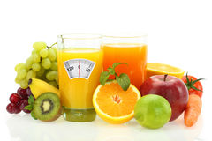 Banta med frukter och grönsaker arkivfoto