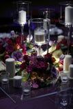 banta vatten för bandet för tabellen för det glass måttet för maträtten set Royaltyfri Foto