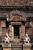 banteay srei радетелей Камбоджи Стоковые Фотографии RF