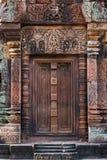 Banteay Srei dörröppning Royaltyfri Bild