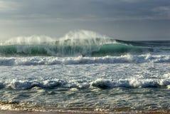 Banzai Pipeline, la riva del nord di O'ahu, Hawai immagine stock libera da diritti