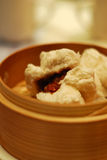 bao bbq小圆面包字符被蒸的猪肉siu 库存图片