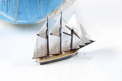 baotmodellen seglar Arkivfoto