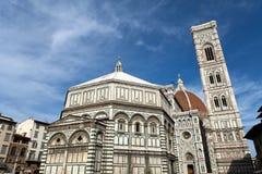 Baptisterio, campanil y Duomo - Florencia foto de archivo