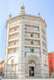 Baptistery auf Piazza Del Duomo in Parma, Emilia-Romagna, Italien lizenzfreies stockfoto