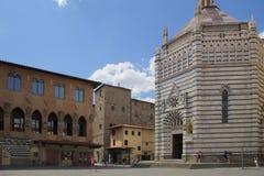 Baptistery av San Giovanni i corte, pistoia, tuscany, Italien, Europa royaltyfria bilder