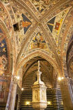 Baptistery av San Giovanni, Siena, Tuscany, Italien Arkivbild