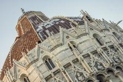 Baptistery von Pisa Lizenzfreie Stockfotografie