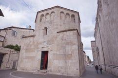 Baptistry av Sanktt Francesco, Ascoli Piceno Arkivbilder