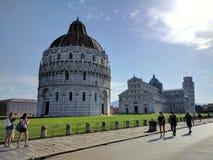 baptistry cathdral dei hdr τετραγωνικός πύργος Τοσκάνη της Πίζας πλατειών miracoli θαύματος της Ιταλίας κλίνοντας στοκ εικόνες