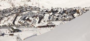 Baqueira, bereta ośrodek narciarski/ zdjęcia stock
