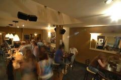 bar blured full people Στοκ Φωτογραφίες