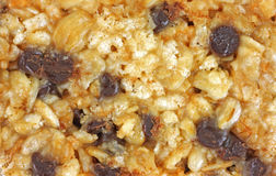Bar de granola caoutchouteux de vue proche photo stock