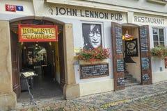 Bar de John Lennon em Praga Fotos de Stock Royalty Free