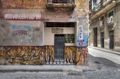 Bar em Havana velho, Cuba Fotos de Stock