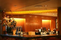 Bar et café de vin Images libres de droits
