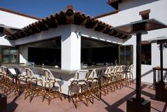Bar extérieur de restaurant de cocktail de patio Photographie stock libre de droits