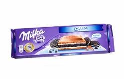 Bar Milka oreo czekolada odizolowywająca na białym tle zdjęcie royalty free