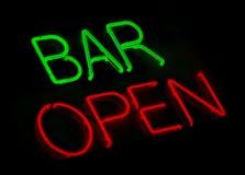 bar neon open sign Στοκ εικόνα με δικαίωμα ελεύθερης χρήσης