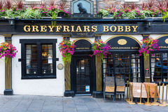 Bar på Greyfriarsen Kirkyard i Edinburg, Skottland royaltyfria foton