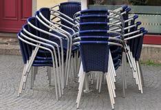 Bar - tabelas e cadeiras Fotografia de Stock
