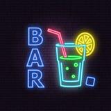 Bar- und Cocktailneonemblem Auch im corel abgehobenen Betrag vektor abbildung