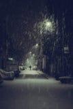 Bara i vintermörkret arkivbilder