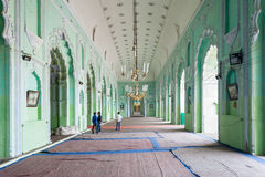 Bara Imambara Lucknow arkivfoton