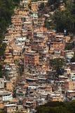 Baracche nel Favellas, un quartiere povero in Rio de Janeiro Fotografie Stock Libere da Diritti
