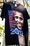 Barack Obama für Präsidentent-shirt an einem Souvenirladen ist für Verkauf während der 2012 Vereinigten Staaten stockbild