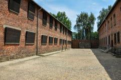 Baracker i den Auschwitz - Birkenau koncentrationsläger, Polen arkivbilder