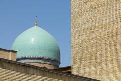 Barak Khan madrasah Ο τετραγωνικός ιμάμης Hazrati ιμαμών Hast είναι ένα religi στοκ φωτογραφία με δικαίωμα ελεύθερης χρήσης