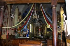 Baranow Sandomierski、老教会的门和内部 库存图片