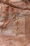 Baratijas para la venta en Petra Jordan Fotografía de archivo