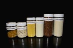Barattoli di alimento Fotografie Stock Libere da Diritti