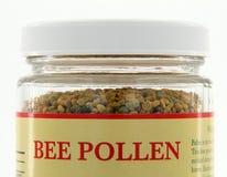 Barattolo del polline dell'ape fotografia stock
