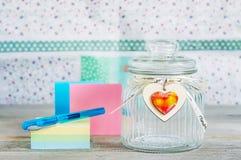 Barattolo di vetro con il coperchio sopra Fotografia Stock