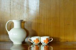 Barattolo e tazza Fotografie Stock Libere da Diritti